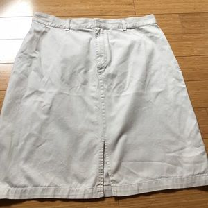 Old Navy tan skirt, size 14